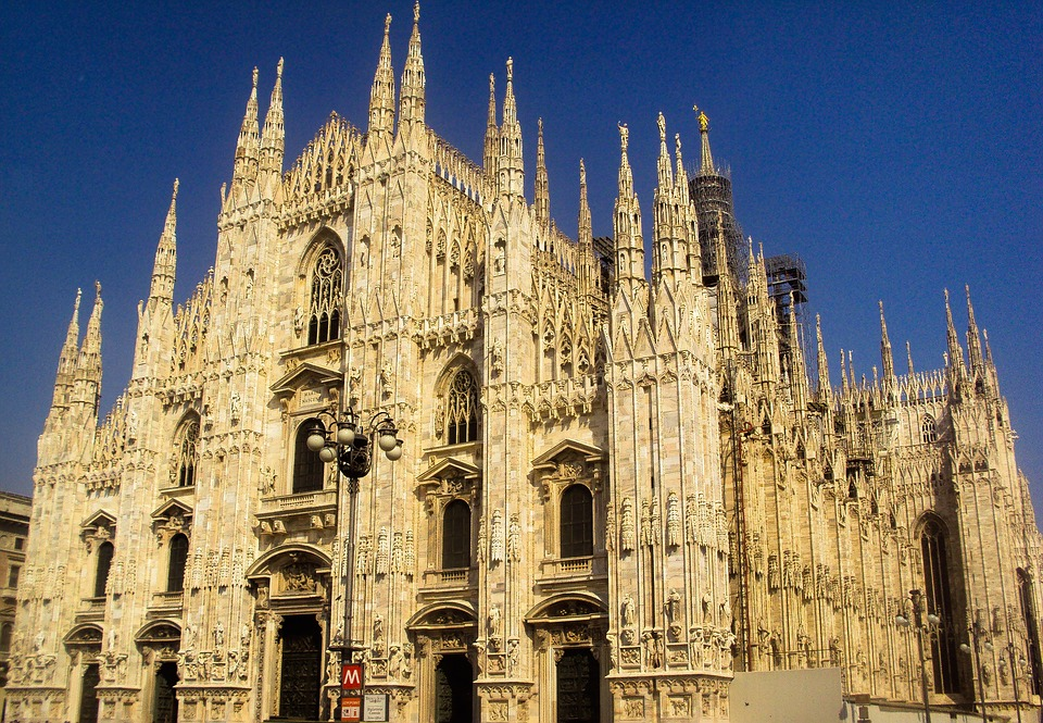 Offerte di volantinaggio a Milano e zone limitrofe