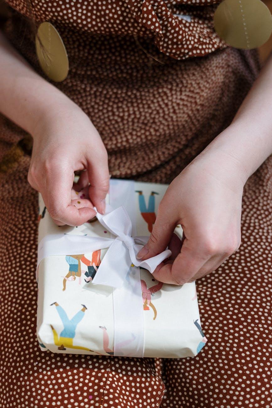 pacchetto-regalo