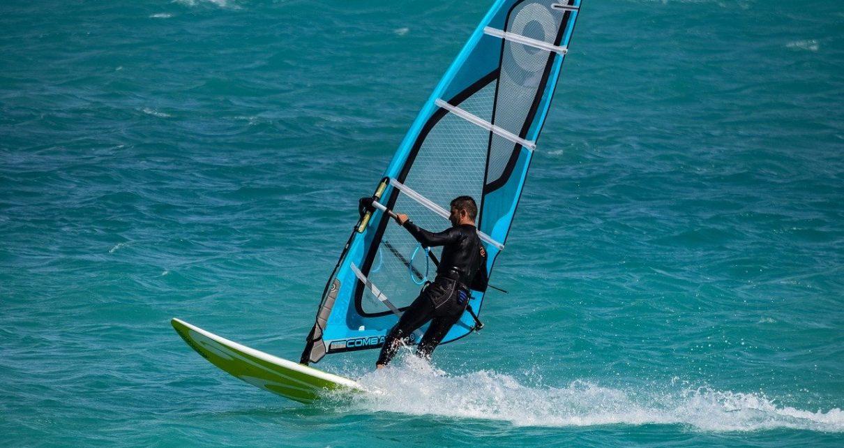 imparare il windsurf